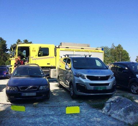 Parkering nært badeplasser kan hindre redningsdykkere i å komme tidsnok.