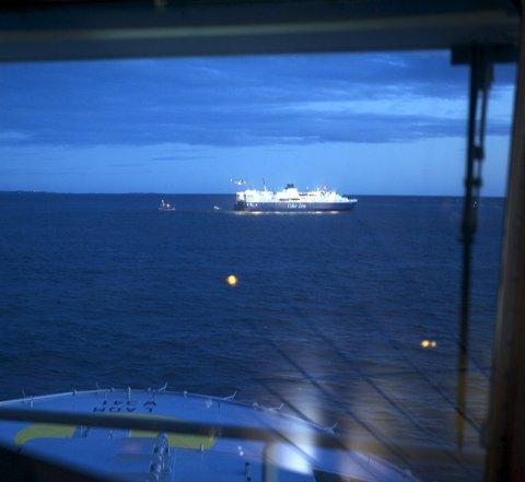 Oslofjorden: Vi ser det overhengende sannsynlig at fjorden vil endre karakter totalt ila. få tiår uten tiltak. Foto: Forsvaret