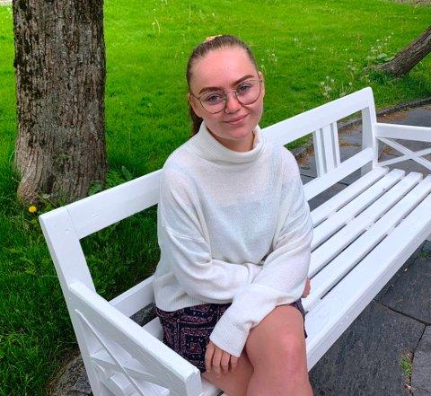 SVIR: Silje Sæterli Høyendahl hadde dårlig råd og droppet tannlegebesøket. Det får hun svi for.