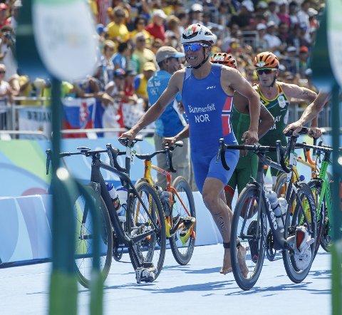 22 år og småskuffet: Kristian Blummenfelt OL-debuterte med en 13.-plass i triatlon. Det er sjiktet de fleste rundt ham håpet på, men den ambisiøse Loddefjord-gutten hadde egne medaljetanker. Det er likevel en helsolid start på den olympiske karrieren, og det vil være naturlig at Blummenfelt er het medaljekandidat om fire år.