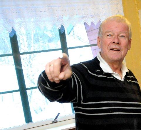 FRIERFOT: Carl I. Hagen frir til gamle velgere
