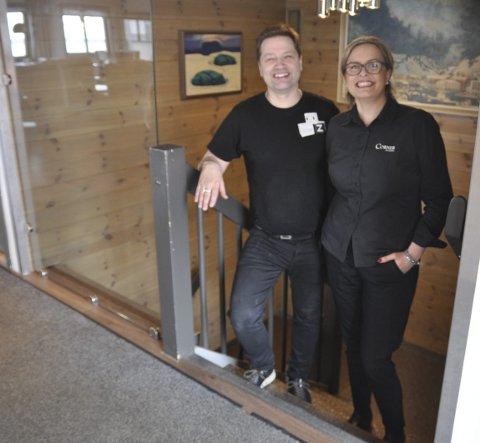 Veldig fornøyde: De er fornøyde med Nordkappfestivalen og besøket under den. - Det ble en magisk lørdag sier Odda Arne Nilsen her sammen med Marita Melsbøe Nilsen.