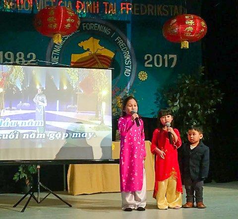 Den Vietnamesiske Forening i Fredrikstad feiret nyttår og 35 årsjubileum på Bøndnes Hus i Borge