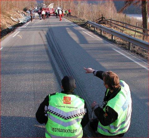 Farlig: Det er ikkje farefritt å ferdast i trafikken. I 2018 vart 45 skadde i trafikken i Valdres.
