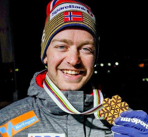 Sjur Røthe er den eneste lokale man kan kalle gullhåp 100 dager før OL i Beijing. Etter at han fikk skikk på ryggen har han blitt stabil i verdenstoppen, og vant 30 km i VM i 2019. Foto: Fredrik Hagen/NTB