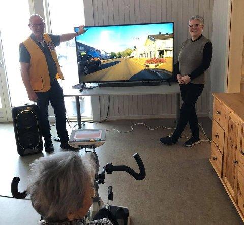 Ny TV og ny lydplanke til den nye Motiview-sykkelen.