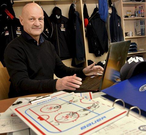 ANALYSE: Sten Gunnar Jørgensen tilbringer mange timer på trenerrommet i Sparta Amfi. Analyse er et viktig verktøy for Sten Gunnar og Spartas trenerteam.