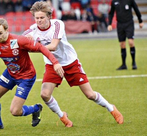Starter snart: Thomas Holmen (til venstre) og Eide/O. spilte mot Ole Kjartan Smeby og KFK i fjor.