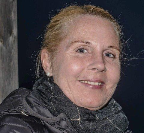 Anita Sørbø: - Har bare 300 meter til jobben,  så uansett er det for tungvint å bruke bilen. Det hender jeg sykler, men det blir mest gåing.