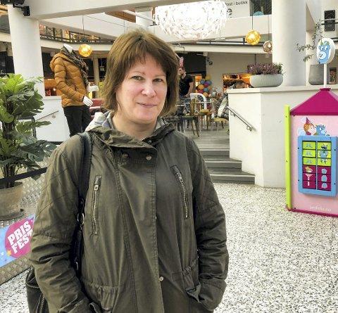 Sunndalsøra: Linda Simlenes liker tid med barna.