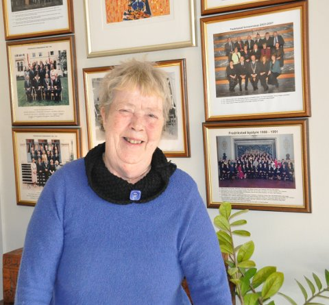 SOM SIN MOR: Aud Niklassen overtok stafettpinnen etter sin mor, Randi Karlsen, som var den første SV-kvinnen i kommunestyret.