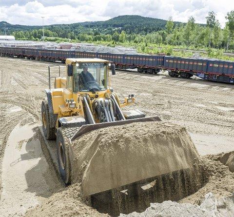 MEST AKTUELT: Det er planer om å utvide dagens godsterminal på Granli, og kommunen mener derfor nye parkeringsspor for tog vil kunne passe i dette området.