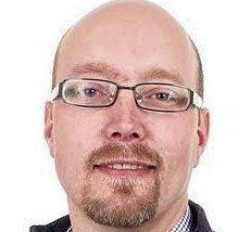 FOREDRAR: Olav Erich Yri er lege og spesialist på kreftsykdommer.