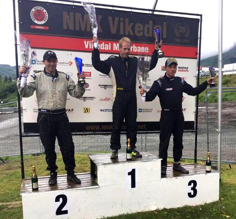 HELT TIL TOPPS: Kenneth Hansen kunne klatre helt til topps på seierspllen etter NM runden i rallycross på Vikedal motorbane.  Foto: Privat.