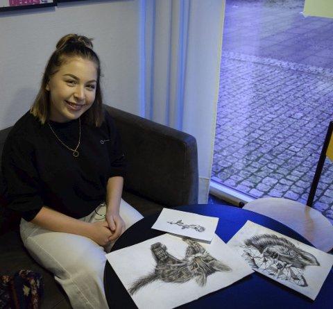 STOR DRØM: Martine Minge (17) fra Mysen har en drøm om å bli tatovør.