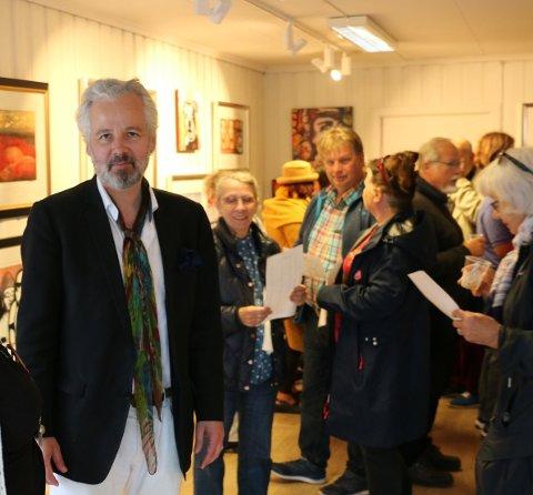 Første og siste gang: Ari Behn hadde familie i Drøbak og har vært her flere ganger. I sommer gjestet han for første gang badebyen med sin egen utstilling. Noe svært mange satte pris på.