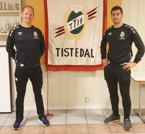 NYTT DÆRN-ÅR: Anders Fredlund (tv) og Sabri Khattab skal trene TTIFs a-lag i fotball også neste år. Hele årets sesong ble koronaavlyst, og nå håper duoen på tellende fotballkamper i 2021.