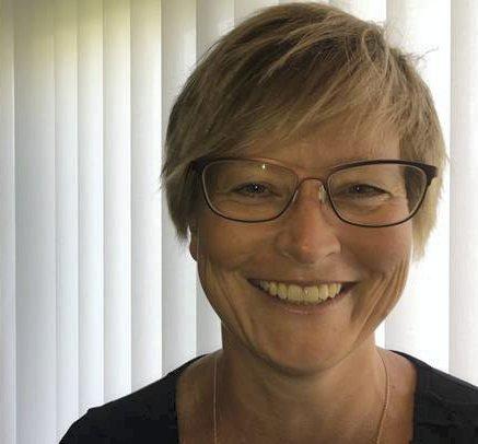 MER PÅ SKJERM: Direktør medisin og helsefag i Sykehuset Innlandet, Ellen Henriette Pettersen, ønsker økt brukt i digitale løsninger når det gjelder pasientkonsultasjoner.
