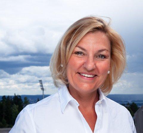 DIREKTØR: Eli Grimsby er bosatt på Østensjø og skal nå lede Oslobygg . Hun snakker varmt om Oslo og prosjektene hun har deltatt i for byen.