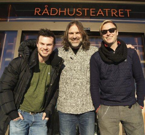 Trio-Prince: Torbjørn A. Raae (t.v.) Christer Falck og Odd E. Nordheim er klare for å rocke Rådhusteatret med hyllestshowet «Purple Rain». FOTO: ROLF-OTTO ERIKSEN