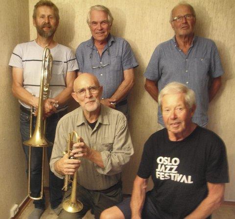 GLADJAZZ: Sytti -Futti – band består av Christian Sørli:  slagverk, Ole Petter Sverre:bass/Sang, Arnfinn Haavik:piano, Tor Stein Hella: trombone  og Kjell G. Pedersen Djupedal: trompet / flygelhorn