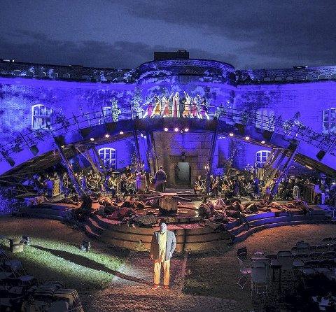POPULÆR: Forestillingen «Carmina Burana» går på Oscarsborg festning i disse dager.Pressefoto