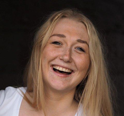 Therese Borge Lied (24) fra Drammen kjemper om å bli konsernsjef i bemanningsselskapet Adecco i sommer.