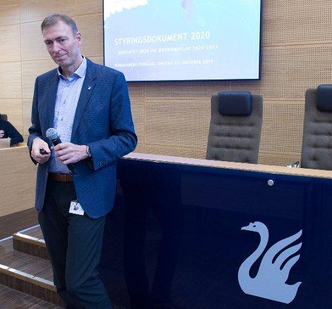 TAR GREP: Rådmann Magnus Mathisen og hans ledergruppe har innført ansettelsestopp i Gjøvik kommune.