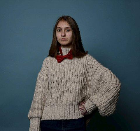SLITER: Sunniva Gundersen Jønsson (17) klarer ikke å samle tankene om hun ikke tar medisinene for ADD.     FOTO: Privat