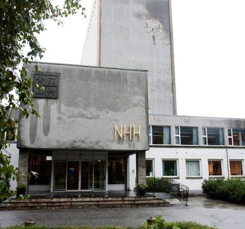 NHH har valgt å annullere en deleksamen i faget Mikroøkonomi I på grunn av juks.