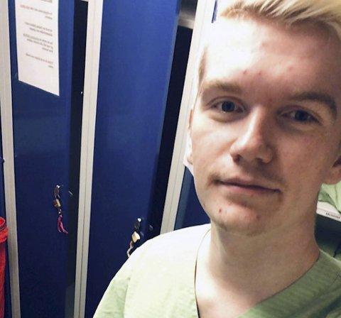 Martin Marthinussen (23), frivillig på Haraldsplass Diakonale Sykehus.