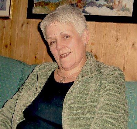 Miriam Steen/Marie Madeleine Larsen/Inger Marie Nerby slik hun så ut rundt 2009. På Nesodden denne uka har hun brukt ei svart lue.