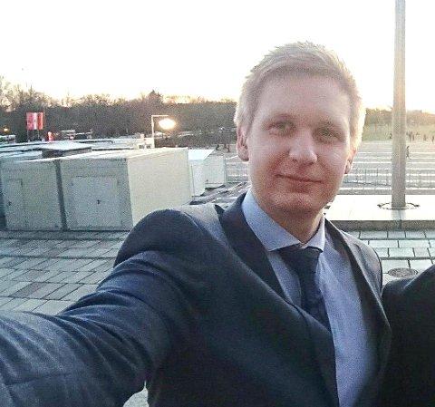 POLITISK TALENT: Gard Løken Frøvoll er en av fire som er plukket ut til å være med på Unge Venstres talentakademi.