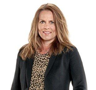 ANSATT: Trine Utzig (52) er ansatt som avdelingsdirektør for HR og Servicepartner ved det nye Fylkeskontoret for NAV Vestfold og Telemark i Skien. Foto: NAV Vestfold