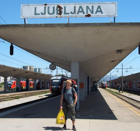 INTERRAIL: Som ungdom var Erik Sveberg Dietrichs på flere interrailturer. Her på stasjonen i den slovenske hovedstaden Ljubljana. Foto: Privat