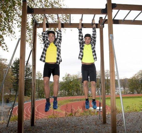 EN AV DEM Hang lengst: – Jeg hang lengst, sier Kurt. – Nei, jeg hang lengst, sier Ronnie. Foto: Arne Ristesund