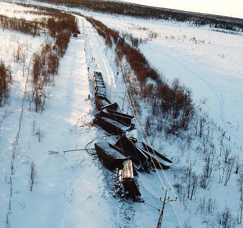 AVSPORET: Vognene som sporet av like sør for Kiruna, er ennå ikke blitt flyttet på.