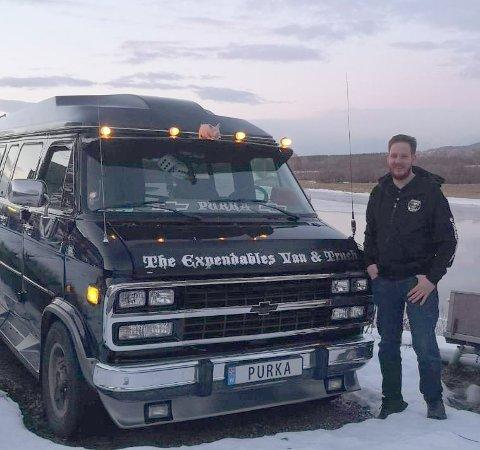 MANGE SPØRSMÅL: Det er mange som har stilt spørsmål ved bilskiltet til Lars Birkeland Fosse.