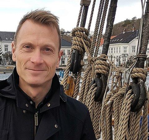 Kultursjef Torolf Kroglund er prosjektleder og forteller at navnene på dem som skal sitte i programkomiteen for byjubileet ventelig vil være klare  ut på nyåret.