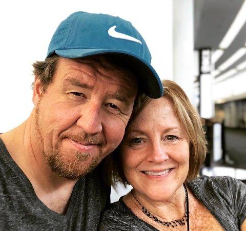 ENDELIG I NORGE: Jan Petter Ringvold og kona Colleen McFarland Ringvold har kommet seg til Norge fra USA, og sitter nå i karantene i et nydelig hus på Lillehammer i påvente av å få treffe familie og venner.