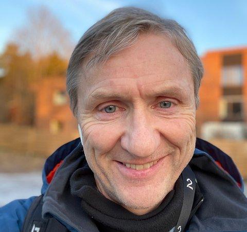 Finn-Ove Hågensen kommer fra Rana og har skrevet en bok om miljøforkjemper Frederic Hauge.