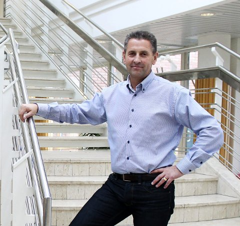 Avventende: Stig Ervland, kommunikasjonsrådgiver i Skedsmo, overlater avisas videre skjebne til politikerne.