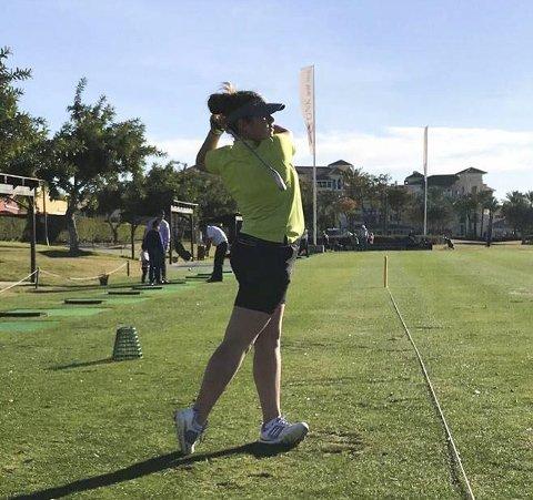 Trener mye: Tuva Marie spiller golf på høyt nivå.