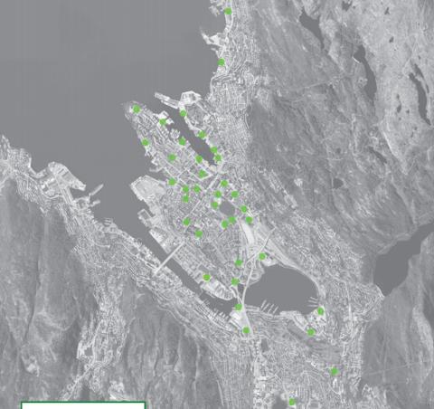 De grønne punktene markerer hvor de nye bysykkel-stasjonene skal plasseres. Innen 1. juli blir 200 sykler utplassert. Til sammen 1000 sykler skal være på gaten innen 2020.