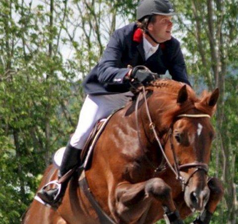 På toppnivå: Christian Anfinnsen Øien fra Halden Rideklubb leverer toppresultater internasjonalt.foto: privat