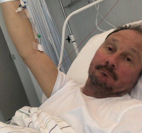 TAKKNEMLIG: I en uke har Kim Nygaard vært innlagt ved Sykehuset i Vestfold. Nå er han takknemlig for alle de ansatte som står på i en tøff tid.