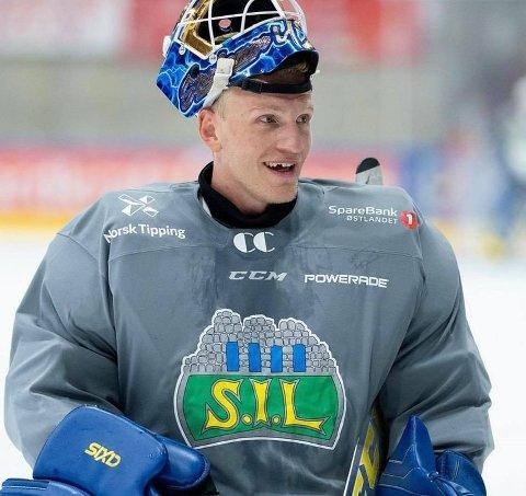 RETTET OPP: Hockeyproffen Viktor Kokman fikk SMS om vaskinering i Larvik.
