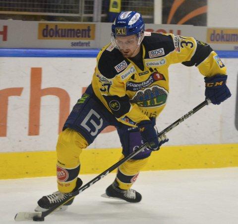 Tilbake i Get-ligaen: Lars Løkken Østli er endelig tilbake på isen igjen.Foto: Petter Sand