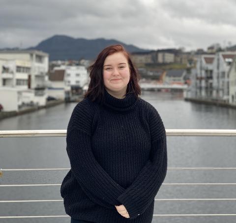 Sandra Victoria Eriksson (16)