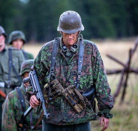 SKUESPILLER: Brigt Skrettingland har tidligere i år vært å se på NRK i serien Frontkjempere. Der spilte han nazisten Ragnar Berg